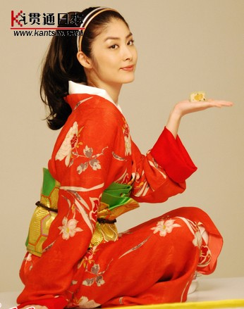 穿日本和服拍摄月饼广告火炬手陈慧琳引争议(4)