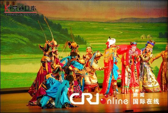 自治区鄂尔多斯歌舞团表演蒙古族歌舞《鄂尔多斯婚礼》-09中国文化