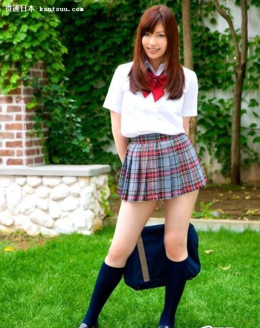 为何日本女孩大冬天穿短裙校服――贯通日本文化频道