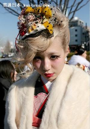 """日本掀起""""新式和服""""热潮 打造另类的和服文化"""